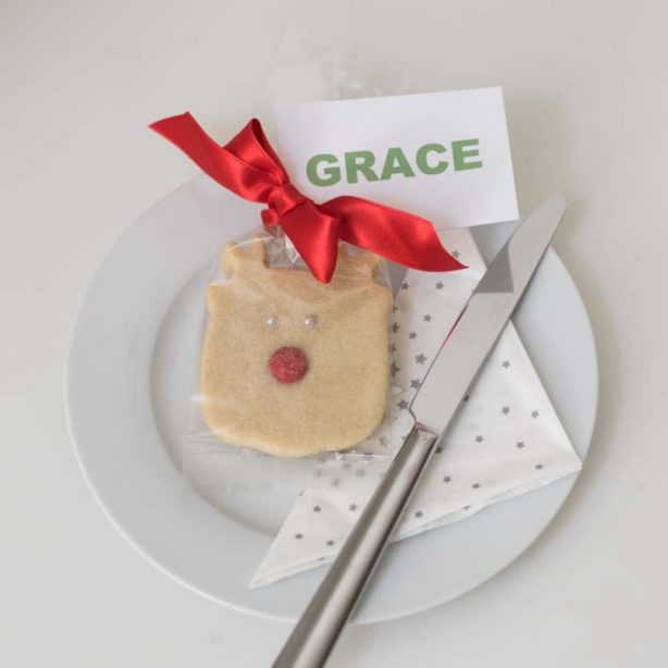 Christmas place setting reindeer shortbread